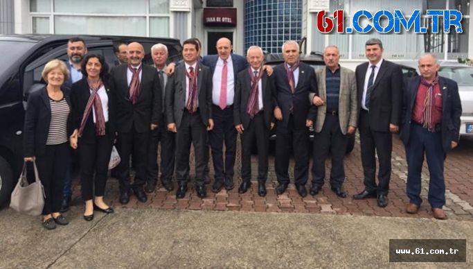 ''CHP Milletvekilleri Başkan Uzun'u Ziyaret Ettiler''