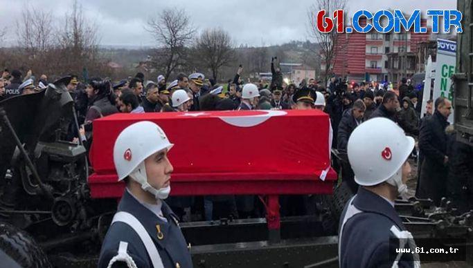Şehit J. Astsb  Çvş Fatih Karagöz Baba Ocağında Toprağa Verildi