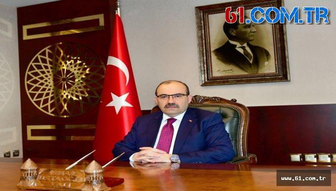 Trabzon Valisi Ustaoğlundan 18 Mart Şehitleri Anma Günü ve Çanakkale Zaferi'mizin 105. Yıl Dönümü Dolayısıyla Mesaj Yayımladı