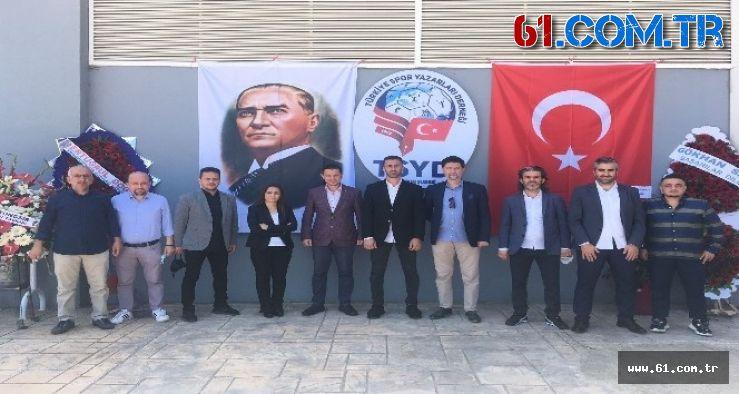 Türkiye Spor Yazarları Derneği (TSYD) Trabzon Şube Başkanlığı'na Selçuk Kılıç, yeniden seçildi
