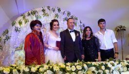 Beşikdüzü'nde Gelin 61 Damat 1461 defa evet diyerek evlendiler!
