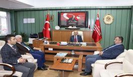 Trabzon İl Milli Eğitim Müdürü Hızır Aktaş öğretmenleri Evinde Ziyaret Etti