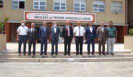 Genel Müdür, E-SINAV MERKEZİ Salonu'nda incelemelerde bulundu.