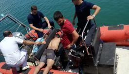 Of açıklarında denizde mahsur kalan balıkçılar...