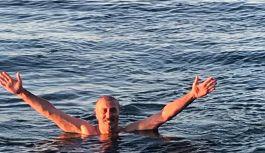 20 Yıldır Yaz kış Demeden Denize Giren...